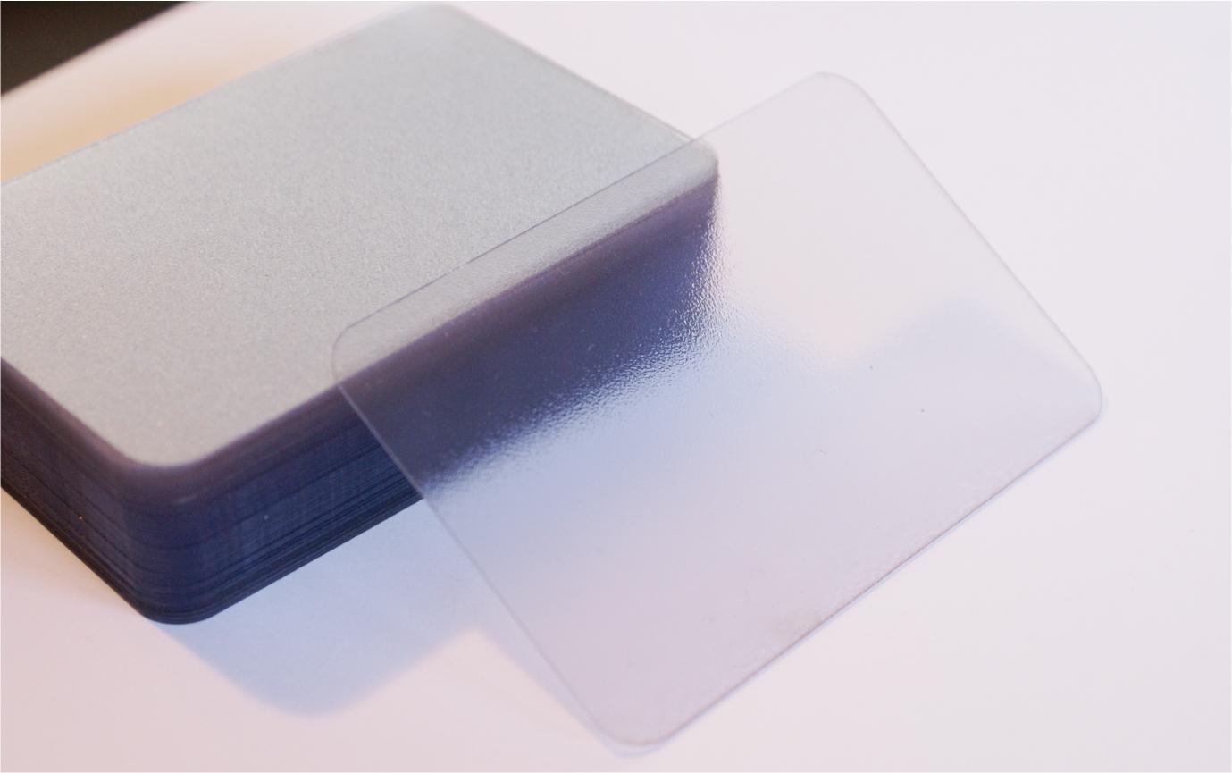 plastic transaprent carti de vizita